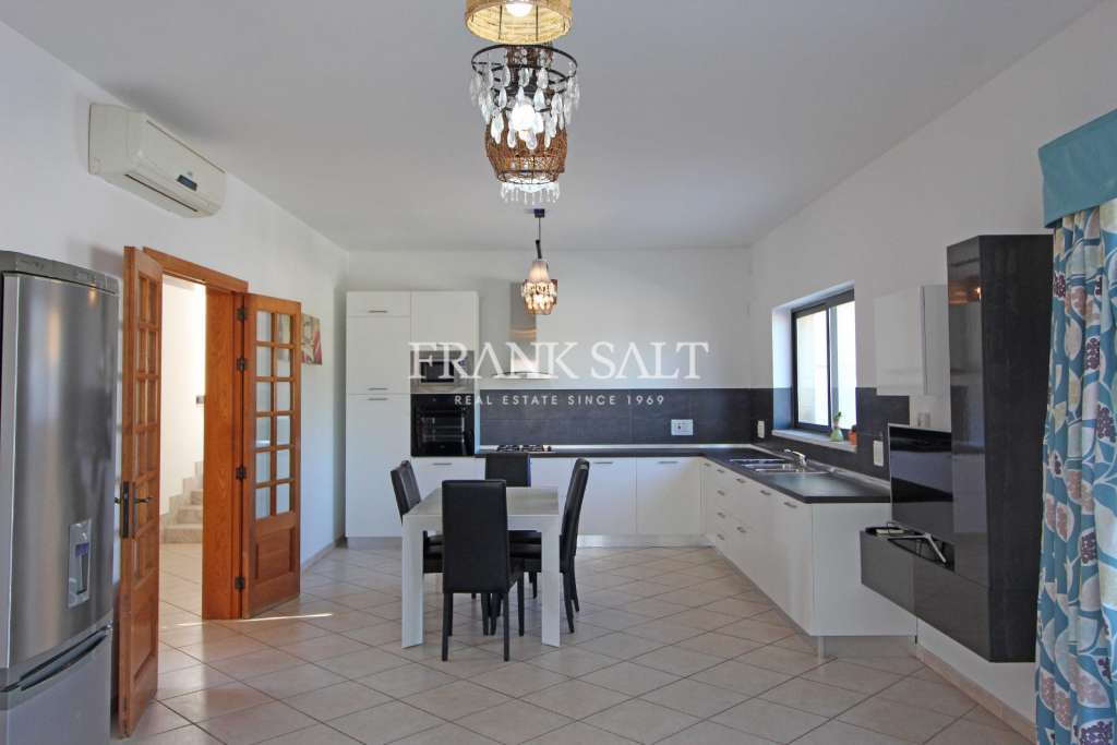 Mellieha, Furnished Detached Bungalow-image-8