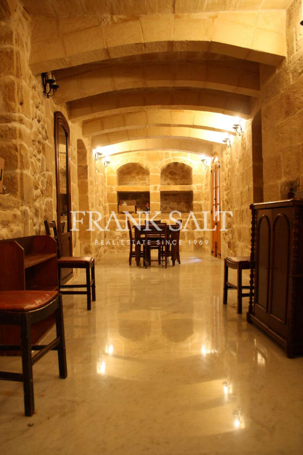 Mdina, Converted House of Character-image-2