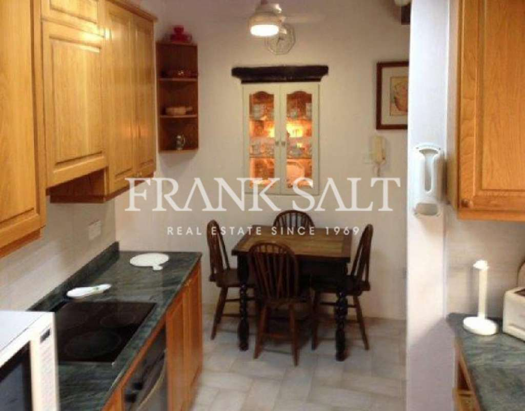 Naxxar, Furnished House of Character-image-8