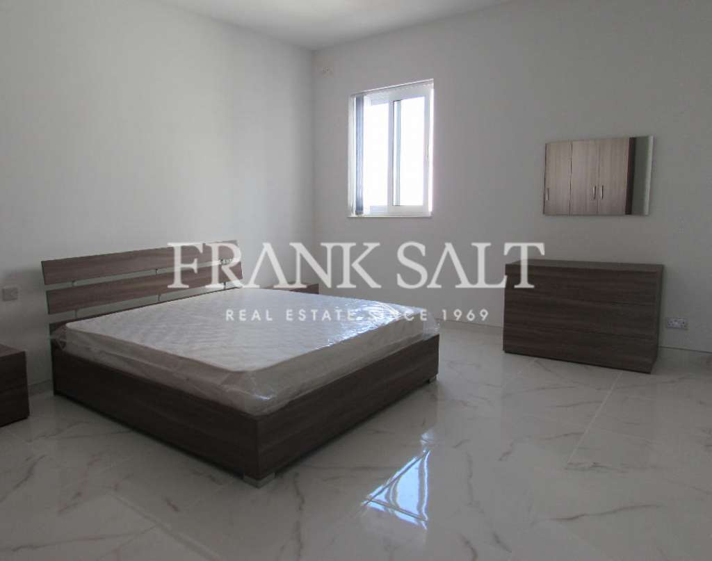 Mosta, Furnished Apartment-image-2