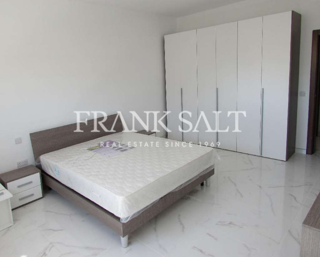 Mosta, Furnished Apartment-image-3