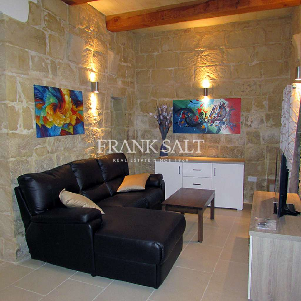 Naxxar, Furnished House of Character-image-2