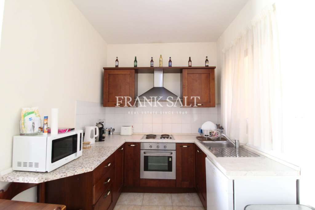 Gzira, Furnished Apartment-image-3