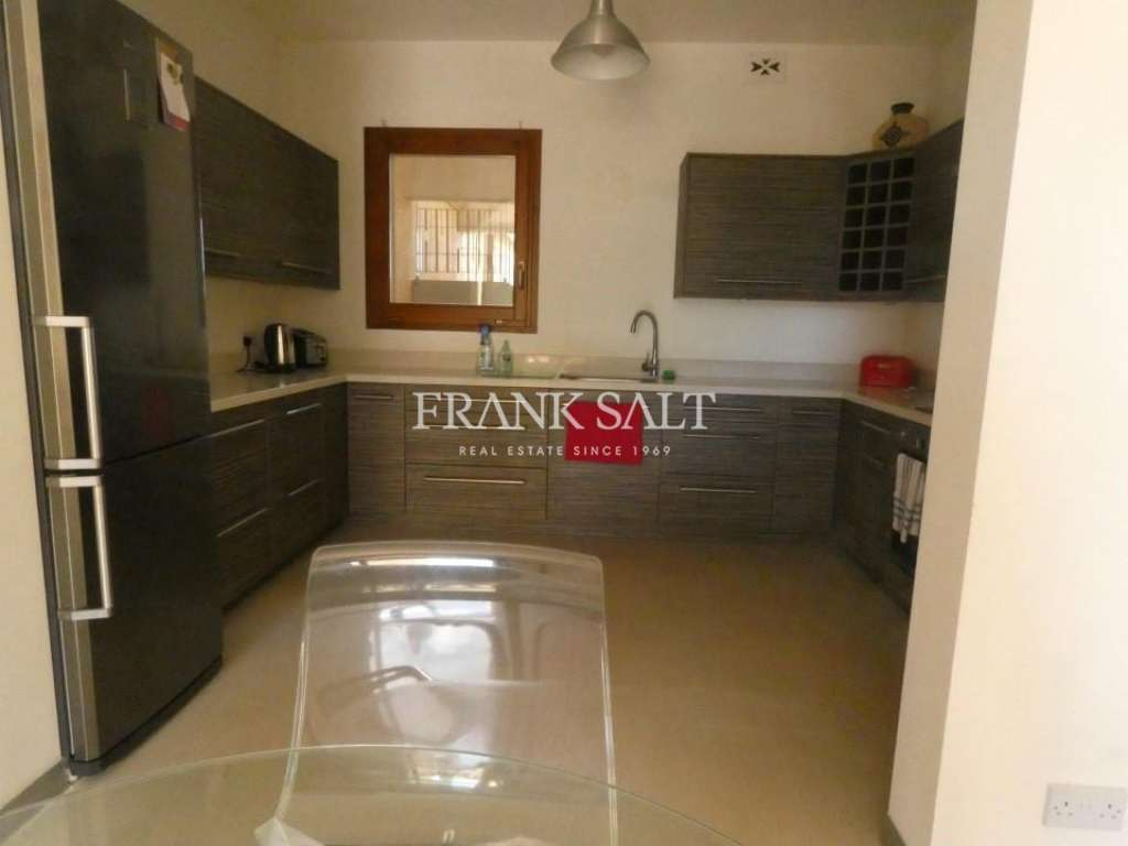Fort Chambray, Furnished Maisonette-image-3