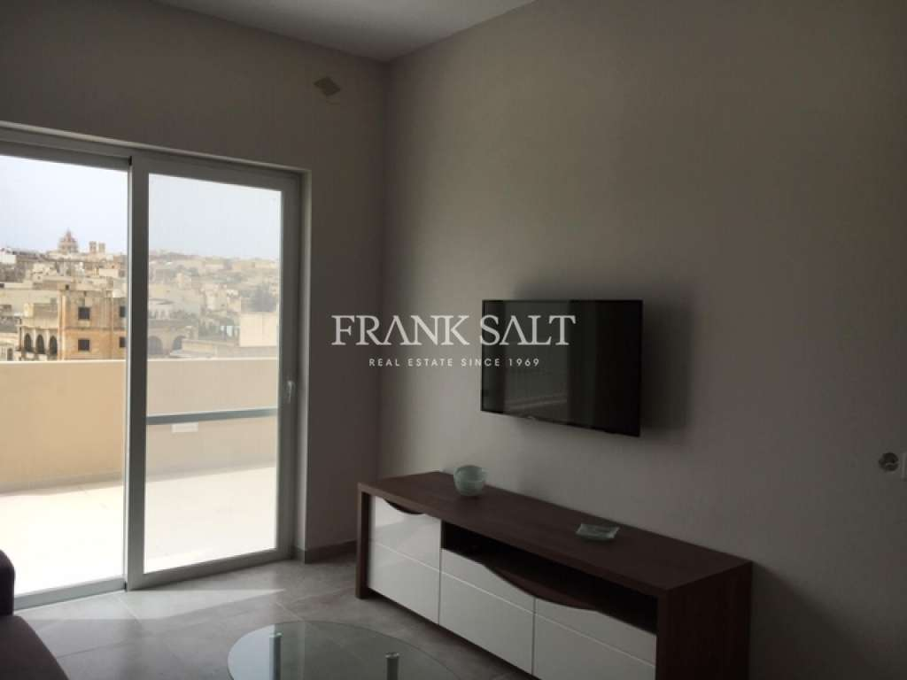 Victoria, Furnished Penthouse-image-2
