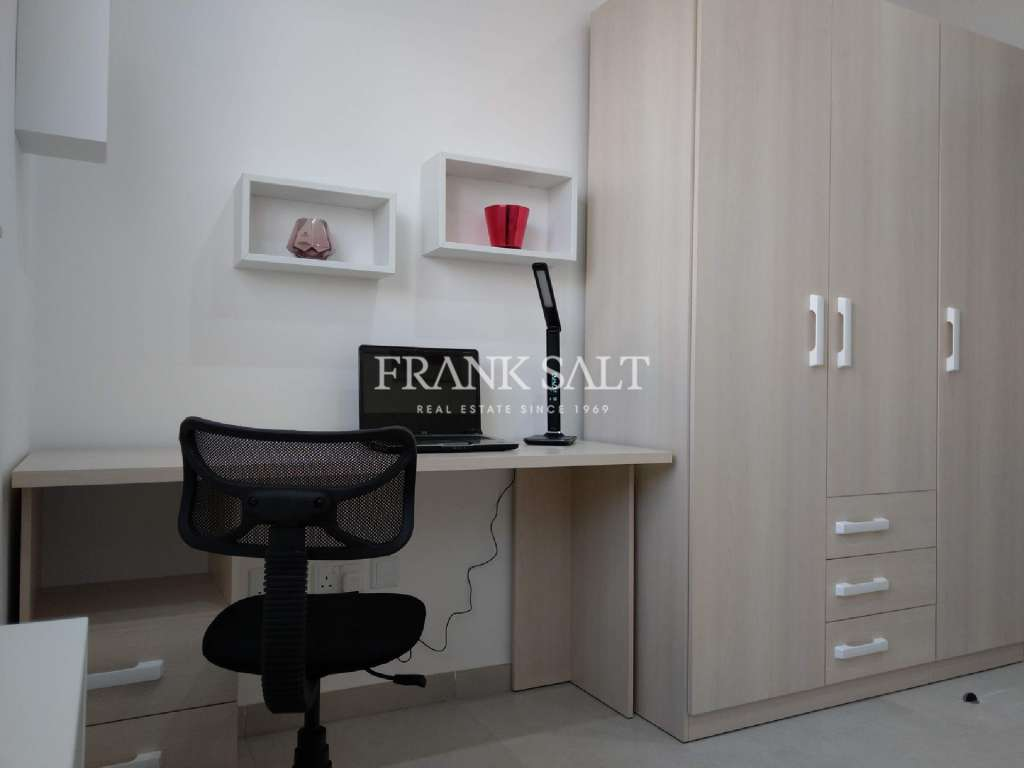 Marsascala, Furnished Maisonette-image-9