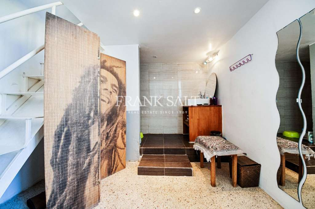 Valletta, Converted Town House-image-11