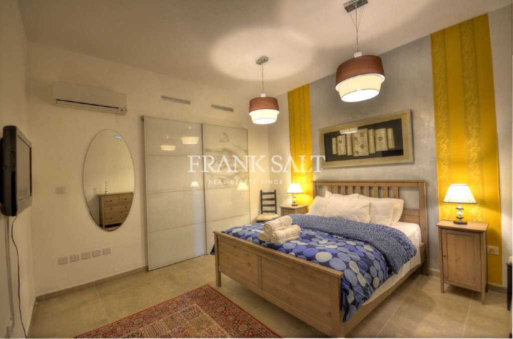 Valletta, Converted Town House-image-8