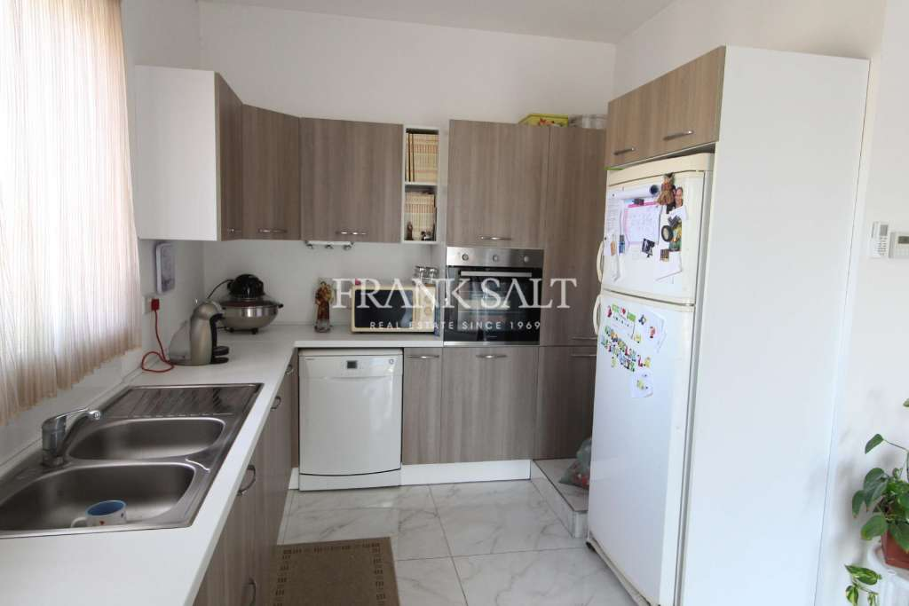 Iklin, Furnished Apartment-image-2