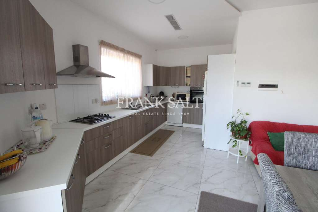 Iklin, Furnished Apartment-image-4