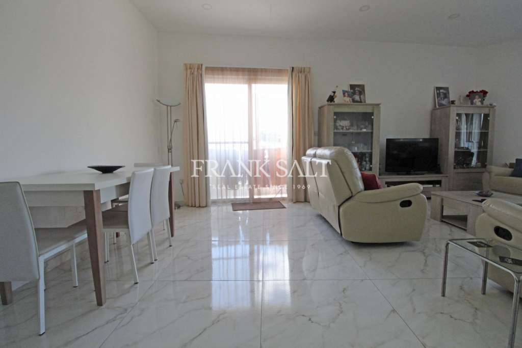 Iklin, Furnished Apartment-image-5