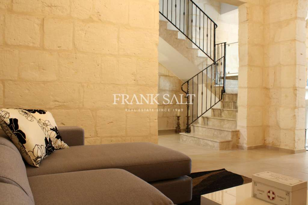 Mellieha, Furnished House of Character-image-4