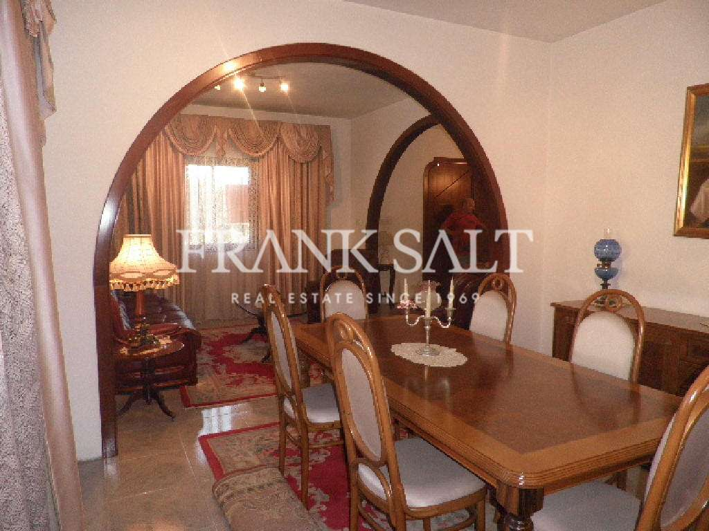 Attard, Finished  Corner Semi-detached Villa-image-3