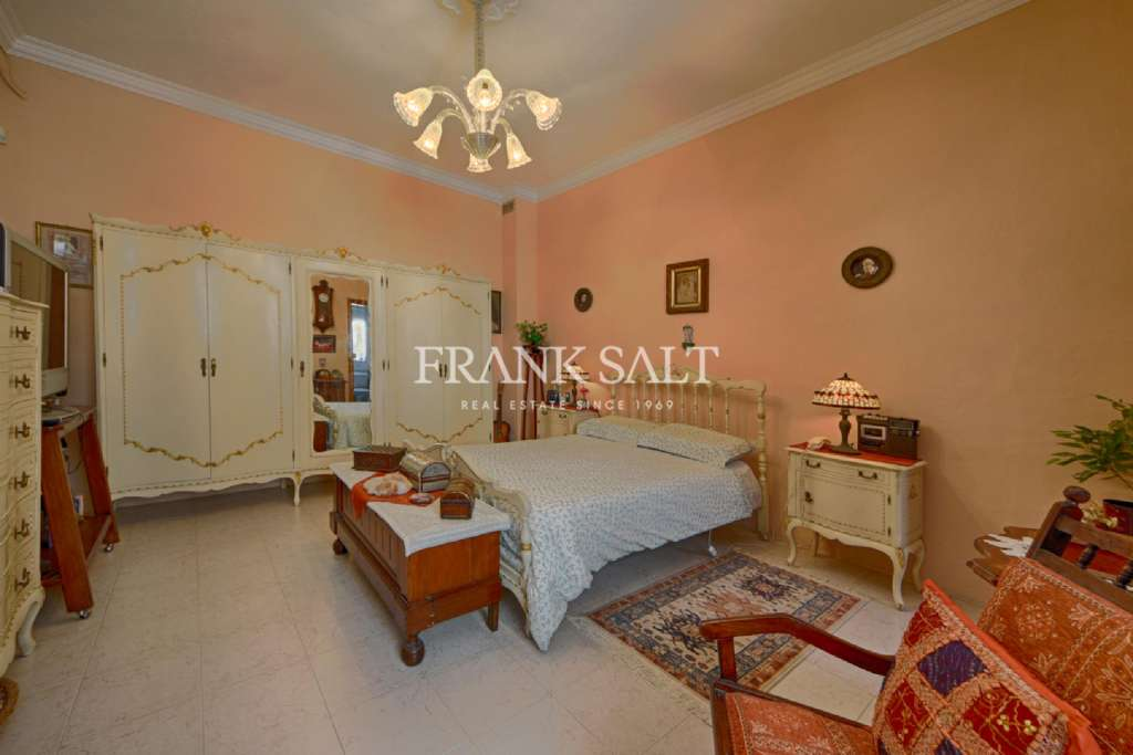 Sliema, Converted Town House-image-6