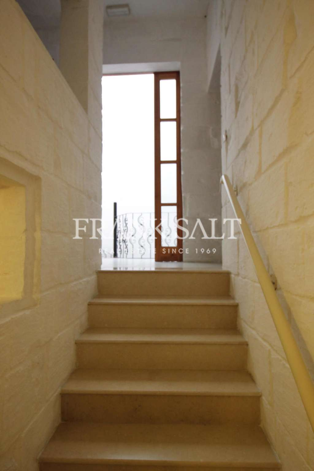 St Julians, Furnished Town House-image-6