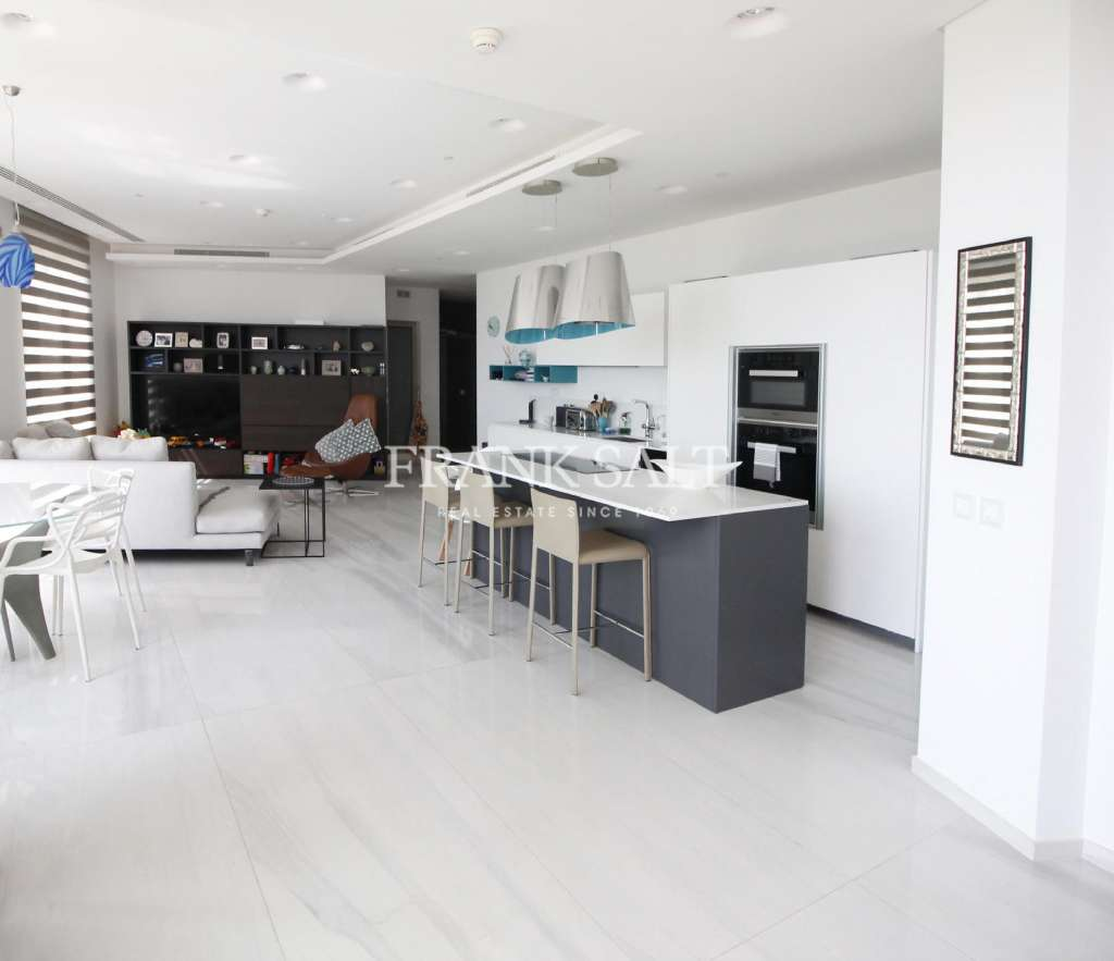 Tigne Point, Furnished Apartment-image-3