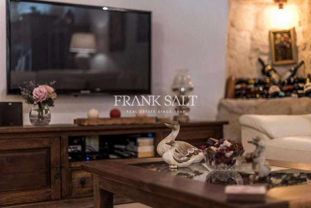 Attard, Furnished House of Character-image-7