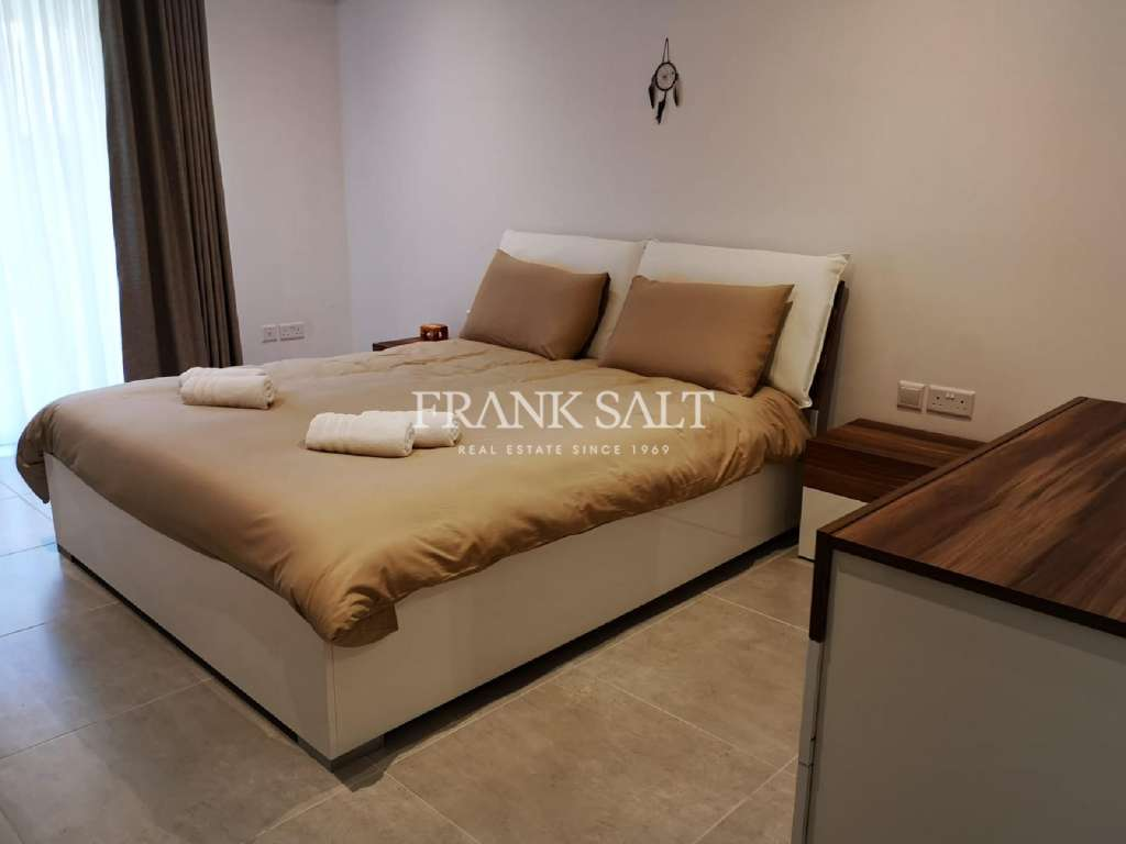 St Pauls Bay, Furnished Apartment-image-10