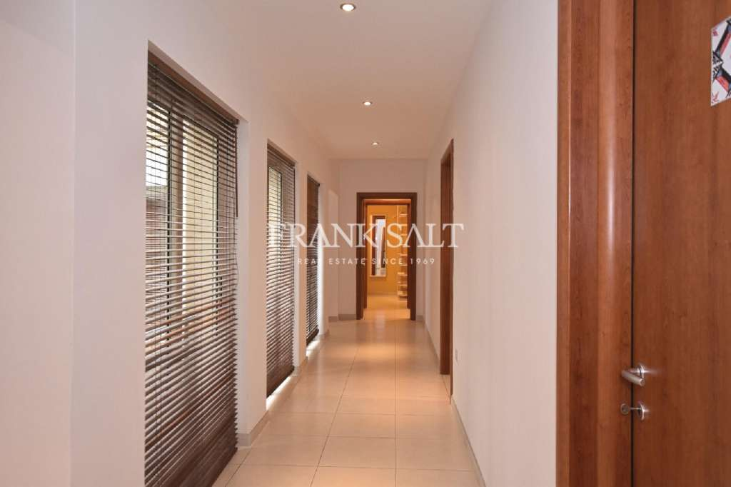 Bahar ic-Caghaq, Furnished Apartment-image-9