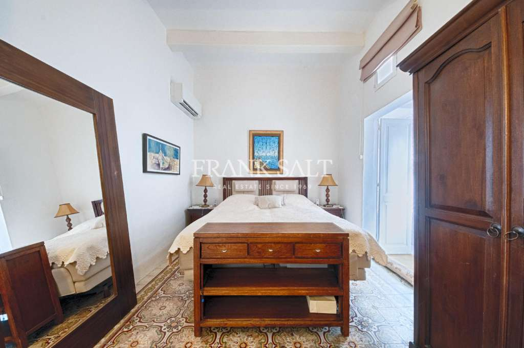 Sliema, Furnished Town House-image-4