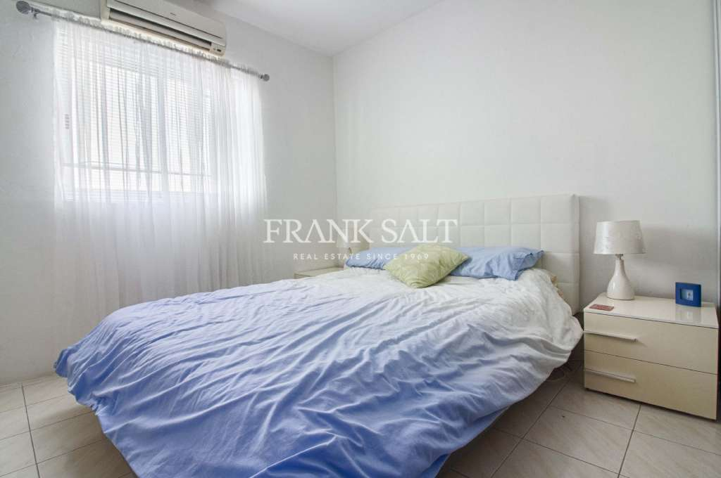 St Pauls Bay, Furnished Apartment-image-2