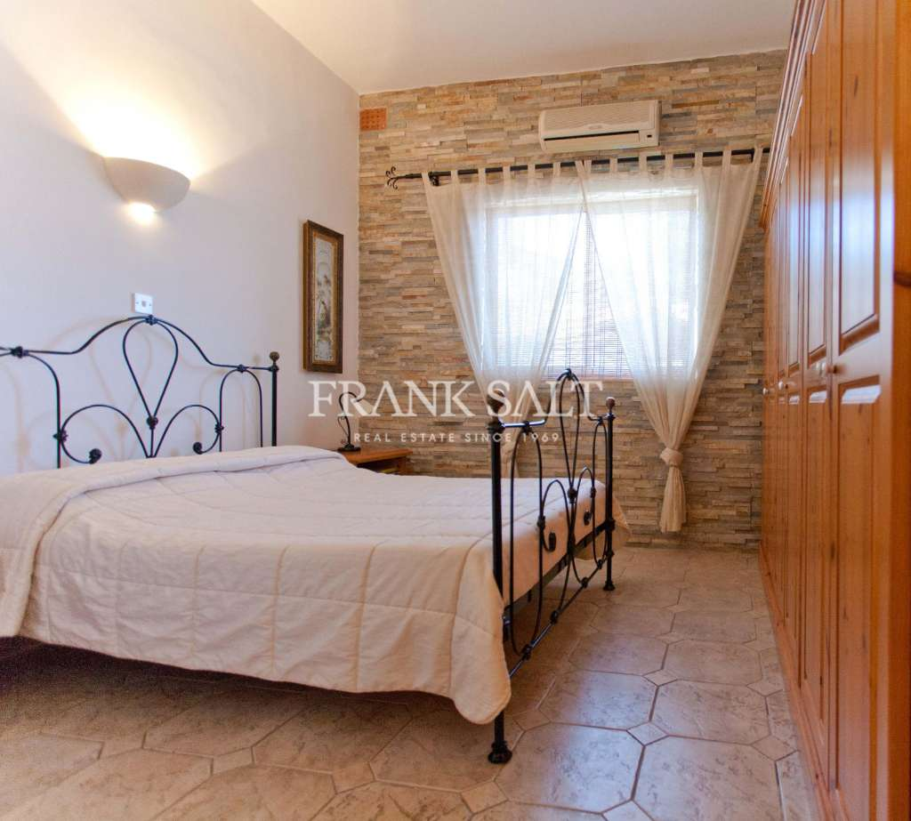 Mellieha, Furnished Detached Villa-image-10