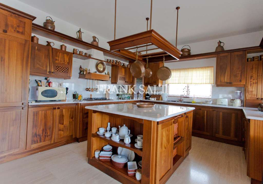 Mellieha, Furnished Detached Villa-image-3