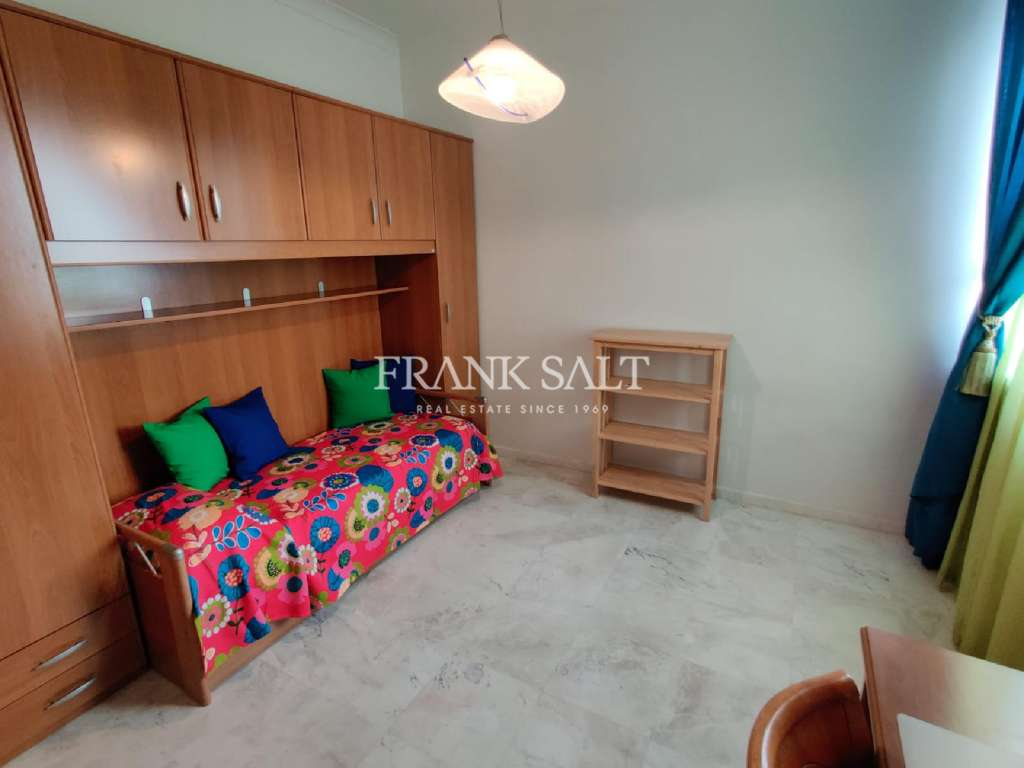St Pauls Bay, Furnished Apartment-image-11