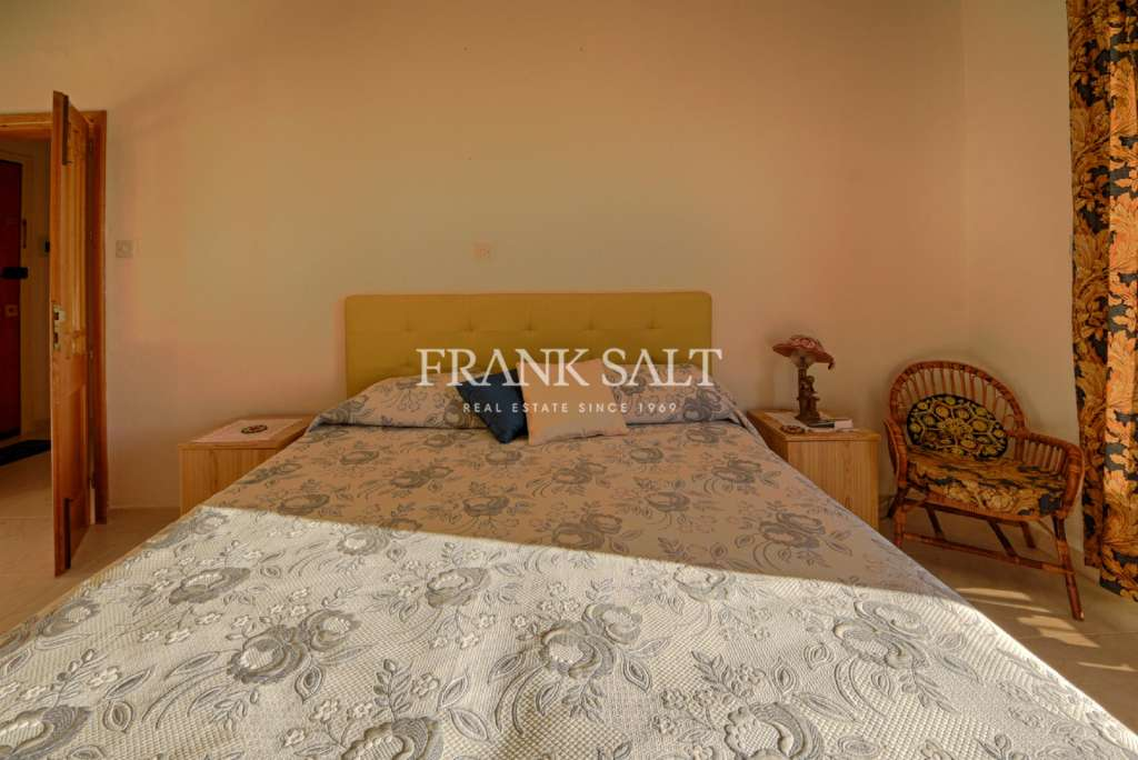 Qawra, Furnished Apartment-image-6