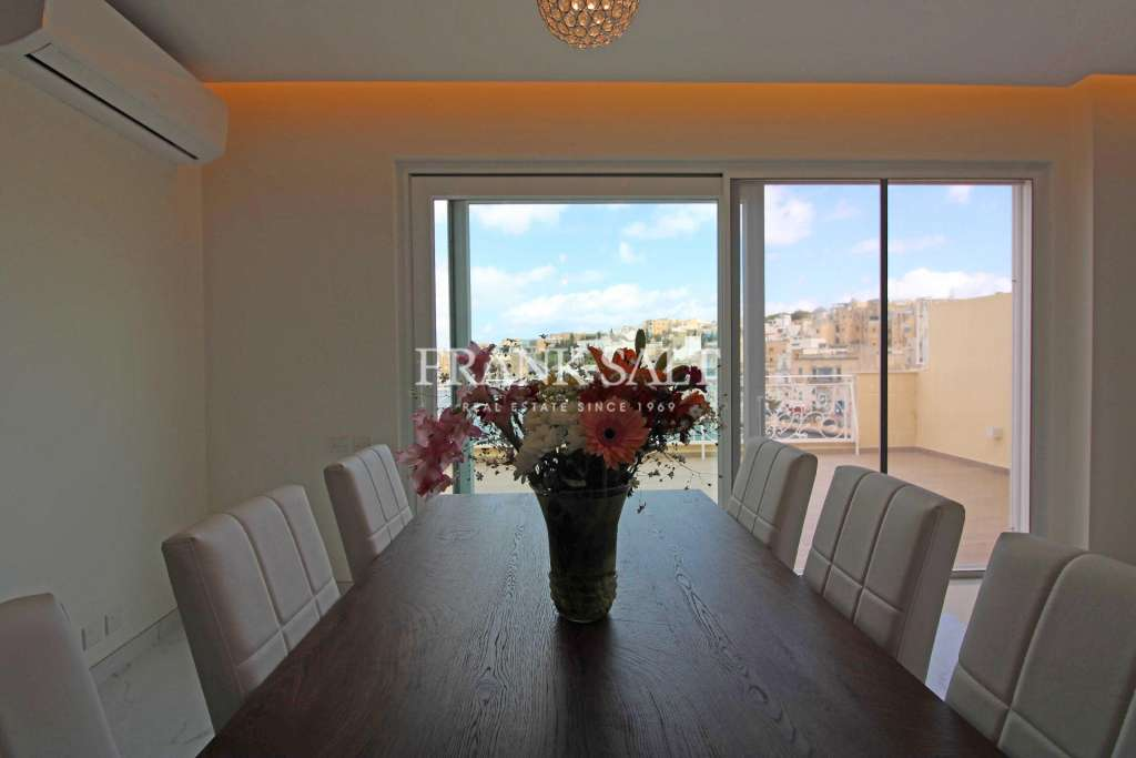 Kalkara, Furnished Penthouse-image-7