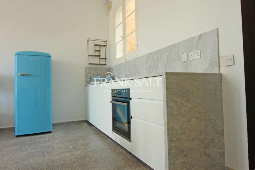 Cospicua, Furnished Apartment-image-3