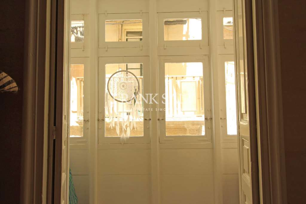 Kalkara, Furnished Town House-image-11