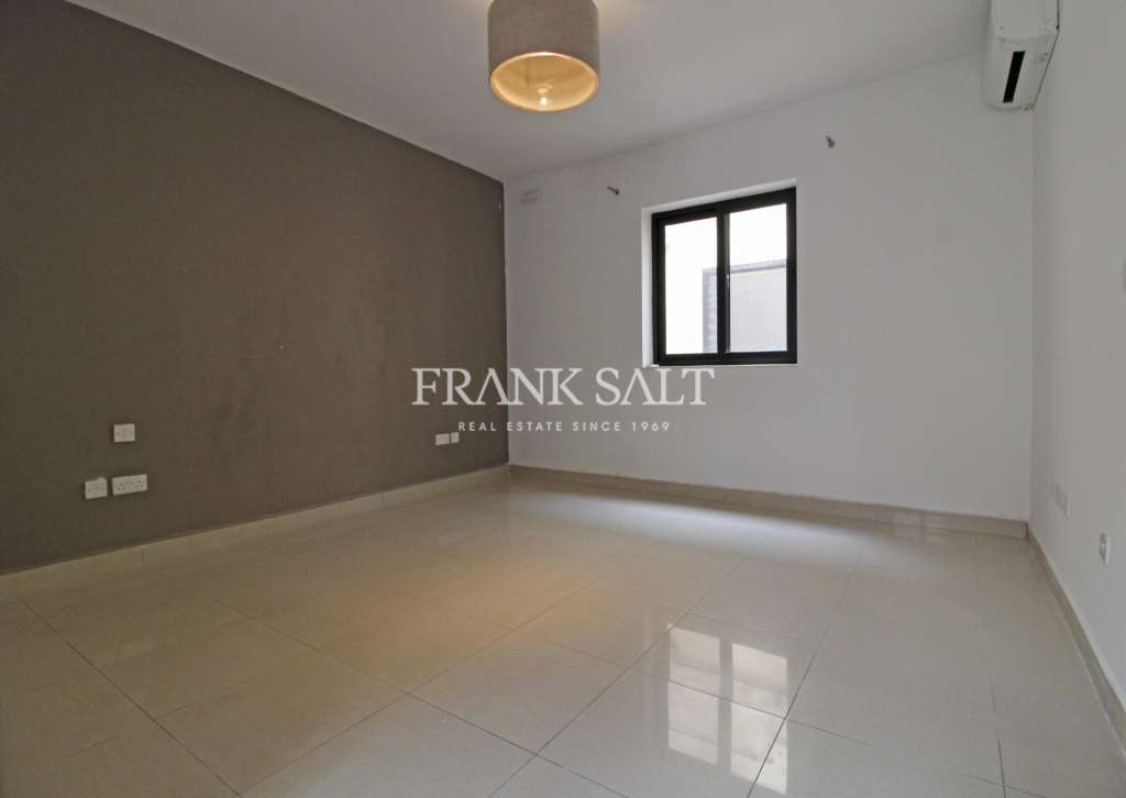 Naxxar, Finished Apartment-image-4