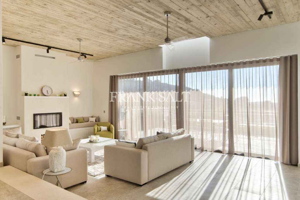 Mellieha, Finished Detached Villa-image-1