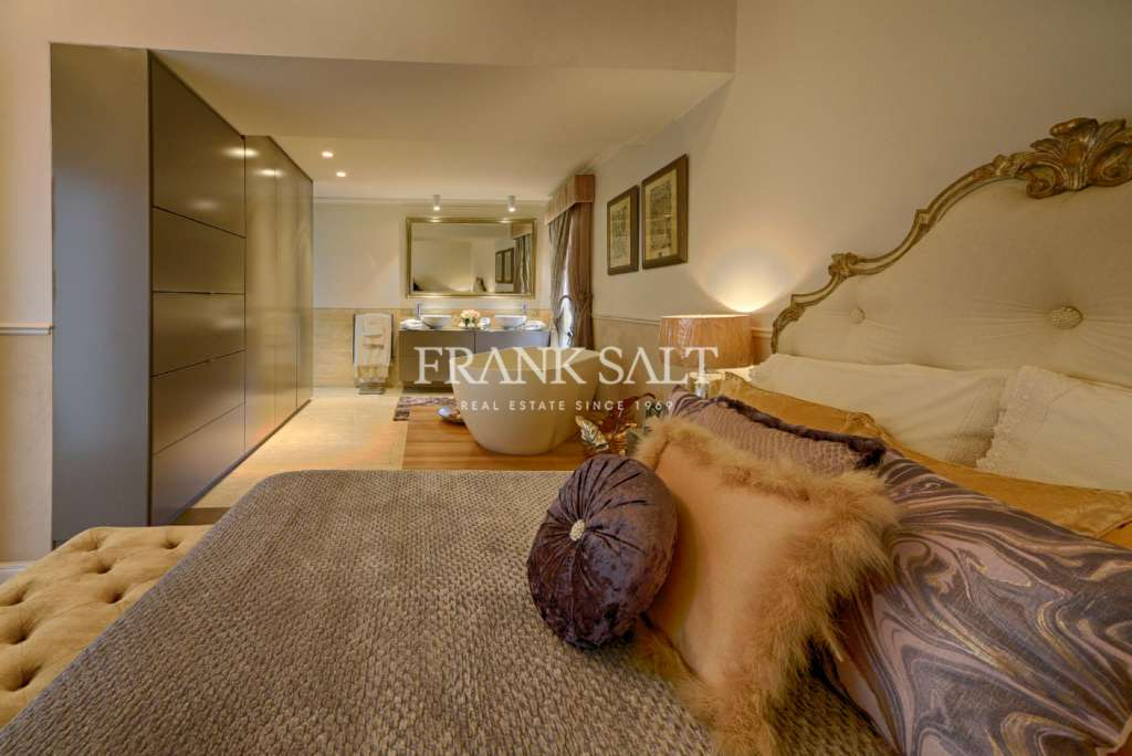 Attard, Converted Town House-image-7